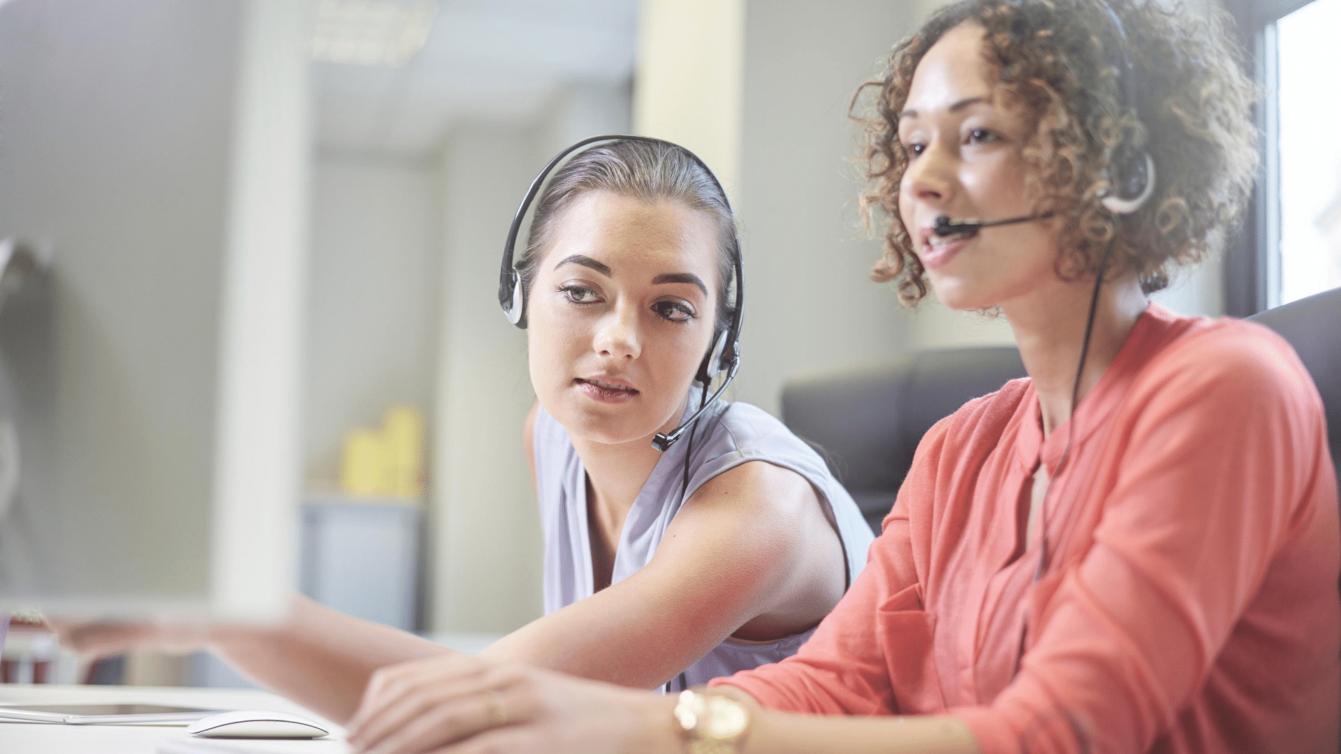 Monitor and coach agents to improve customer service